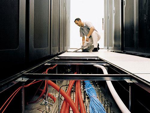 استاندارد سازی اتاق سرور,کف کاذب استاندارد,استاندارد سازی اتاق سرور